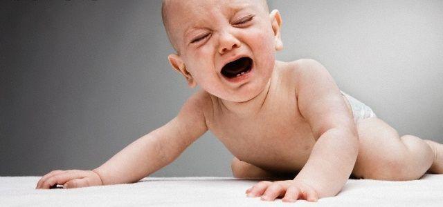 bebe llorando2